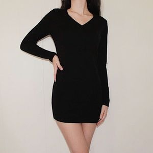 IZ Byer Black V Neck Sweater Dress